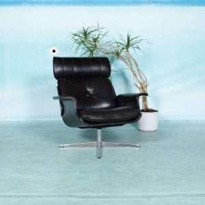 Midcentury lederen lounge chair jaren 60, Eames style black Bij de Tijd: vintage & designmeubelen